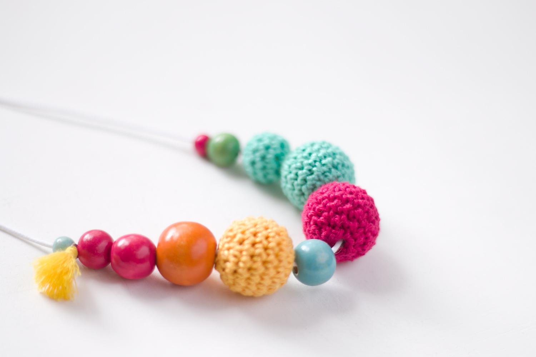 Como hacer un collar de bolas de ganchillo - Bolas de ganchillo ...